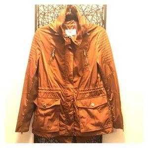 NWOT BCBG Semi Memory Anorak Jacket 🧥❤️